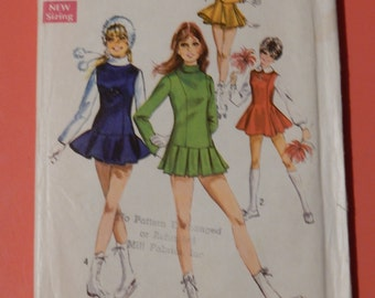 Simplicity 8532 Vintage 1960's ice skating jumper or cheerleader dress pattern Size 11/12