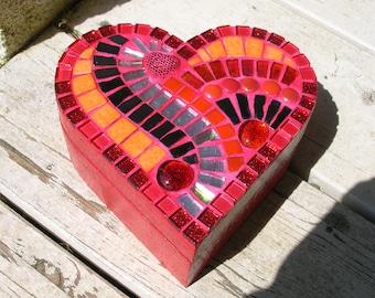 Mosaic heart jewelry box