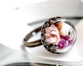 Real flower ring, nature ring, bronze ring with real dried flower, terrarium ring, glass orb ring, botanical ring, adjustable ring