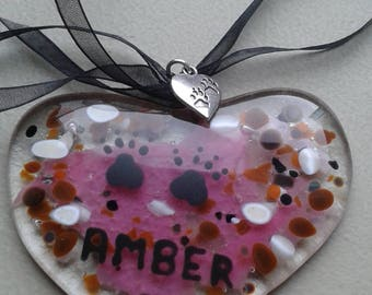 Pet loss. memorial. Glass heart with paw prints. Your pets name. Hand painted. Personalised colours.