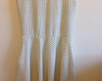 Rockabilly spotted sleeveless dress with flared skirt size 12