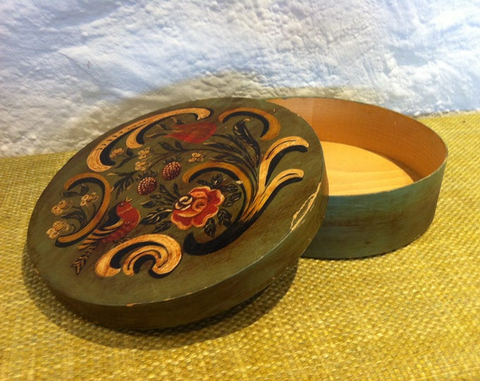 antique span box beautiful painted