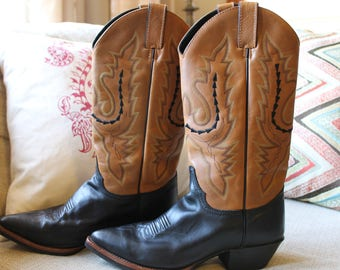 Vintage Justin Women's Leather Cowboy/Cowgirl Boots 7.5 B