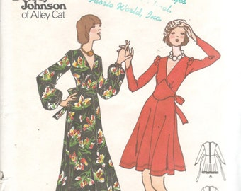 Butterick 3291 1970s BETSEY JOHNSON Junior Petite V Neck Dress Shaped Midriff Pattern Womens Vintage Sewing Pattern Size 9 Bust 33 OR 13