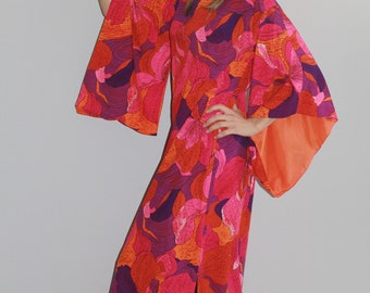 60s Evelyn Margolis Vintage Bright Pink True Kimono Sleeve Caftan Dress