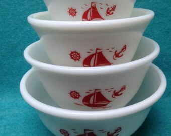 McKee Glass Ships Red on White Glass Mixing Bowl 4 Piece Set