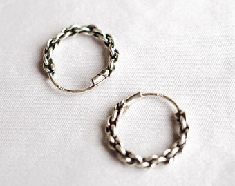 Silver hoop earrings small, Twisted Sterling Silver Hoop Earrings, Tiny Hoop, Silver Hoop Earrings, Oxidize Cartilage Hoop THSM012