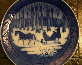 Royal Copenhagen Porcelain Plate - Jingle Bells - 1984