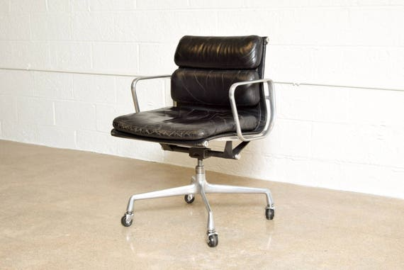 Eames Chair, Mid Century Office Chair, Original Eames for Herman Miller  Aluminum Group Soft Pad Office Chair
