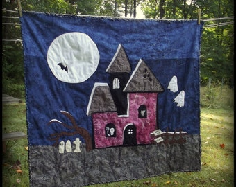 Halloween Haunted House Quilt Pattern