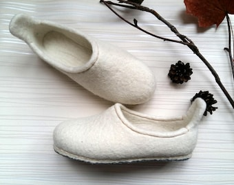Felted wool slippers for Womens or Girls_size: EU 37,5; UK 4,5; US 6