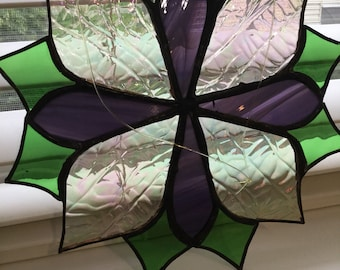 Stainglass flower