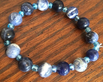 Blue beaded Bracelet, blue bracelet, beaded bracelet, blue jewelry, beaded jewelry, beaded gift, blue beads, blue gift, gift for her