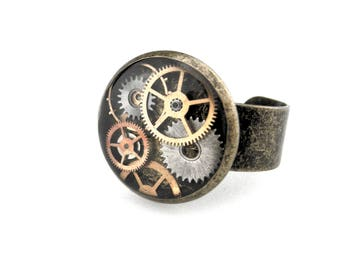 Watch Gear Ring - Industrial Ring - Steampunk Ring  - Clockpunk Ring - Clockworks Ring - Adjustable Ring - Steampunk Gift idea for her