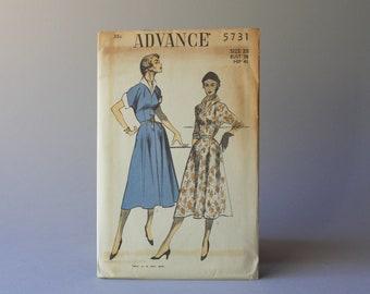 1950s Sewing Pattern / Vintage 50s Dress Pattern / Uncut Advance Pattern 5731 Full Skirt Cuff Cap Sleeve Hourglass Dress 32 waist size 20