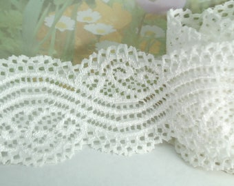 Elastic White Lace Ribbon 2  inches Wide Floral Design Flower Trim Ivory Elastic Stretch Lace Headbands Elastic Lace by the yard cute