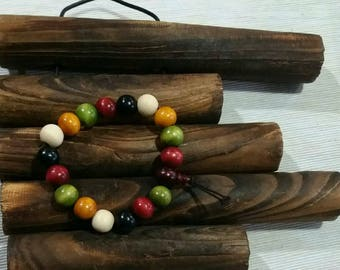 Bracelet fashion made of painted natural wood