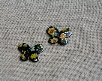 Set of 2 acrylic beads black butterflies and flower motifs, large bead
