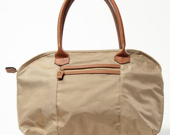 Vintage Tan Duffel Purse | Nylon and Leather Handbag | Duffle Ladies Travel Air Plane Carry On Zipper Antique Gold Gym Bag Large Pockets 7VV
