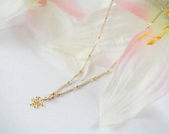 Snow Flake Necklace, Snowflake Necklace, Snow Flake Jewelry, Gold Snow Flake Necklace, Winter Necklace, Snow Necklace, Gold Necklace, 306