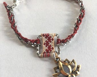 Red Lotus Macrame Bracelet Pattern