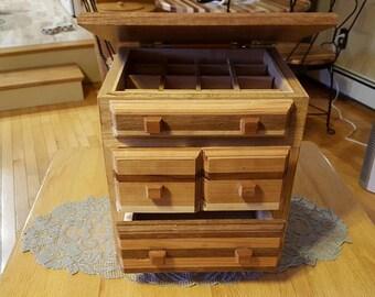 Box Style Jewelry Box