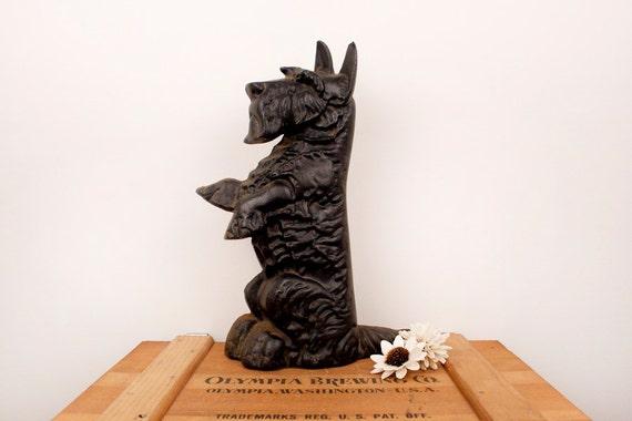 - Vintage Cast Iron Scottie Dog Doorstop