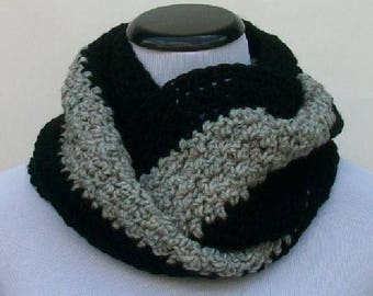 Man's Crochet Infinity Scarf, Woman's Scarf, Crochet Cowl, Crochet Cowl Infinity Scarf in Black and Gray, Crochet Scarves, Handmade Scarves