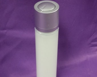White Bottle - 1 oz (30ml) with Airless Cap