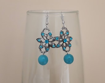 Flowers, rhinestones and turquoise beads earrings