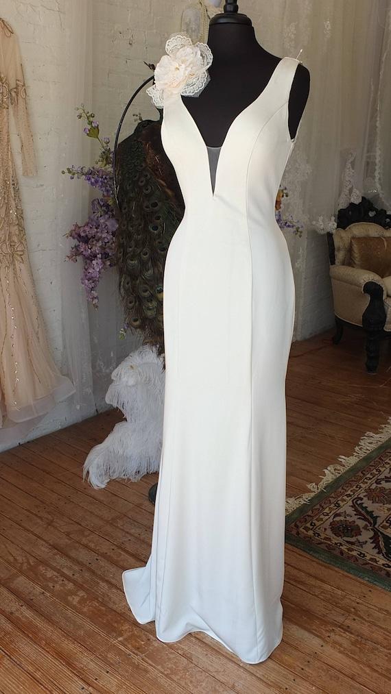 Vintage bombshell wedding dress slinky sexy wedding dress