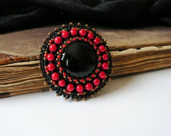 Red Black Brooch Beaded Brooch Bead embroidery Brooch Beadwork Brooch Black onyx cabochon Brooch Black Red Jewelry MADE TO ORDER