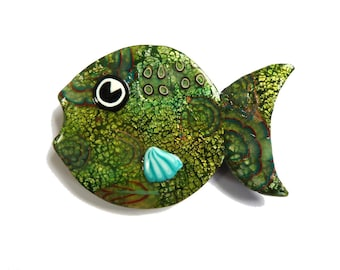 BROCHE poisson vert poisson broche bijoux vert olive unique Animal broche, bijoux artisanaux en polymère vert Chartreuse, cadeau pour amoureux des poissons