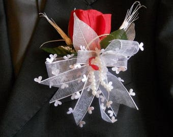 Red and white wedding boutonniere