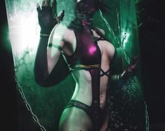 Mileena cosplay from Mortal Kombat 9