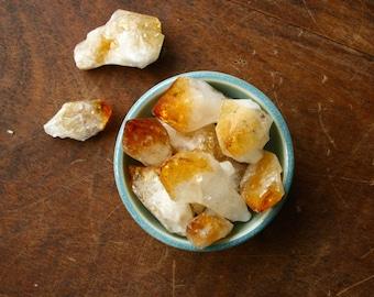 XL Rough Citrine Point Raw Golden Crystal Specimen Healing Crystal Points for Energy Self Esteem Meditation Wicca Stones Solar Plexus Chakra