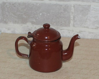 Small browm enamelware teapot, Rustic or Farmhouse decor, single serve teapot