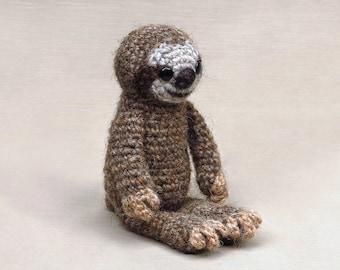 Misu the crochet sloth amigurumi