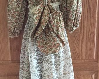Lg Prim Country Prarie  Dress Bonnet Lace Apron Crochet Collar