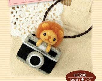 Naald vilten DIY kleine Leeuw en Camera ornamenten: Engelse materiaal Kit (Engels / voor Beginner)