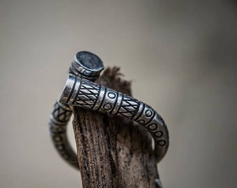 VIKING Ring in Sterling Silver