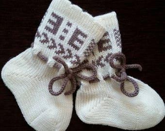 Merino wool baby socks, knitted baby socks, winter wool baby socks, white baby socks, scandinavian socks, merino wool newborn socks