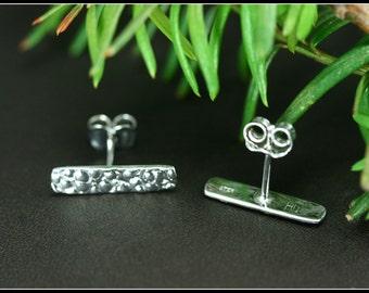 Bar stud earrings, Silver bar stud earrings, hammered stud earrings, Sterling silver bar earrings, Staple stud earring, Staple earring studs