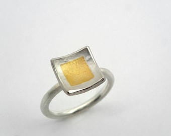 Hammered square ring made of gold and silver, A simple and beautiful ring, Textured ring, Geometric ring