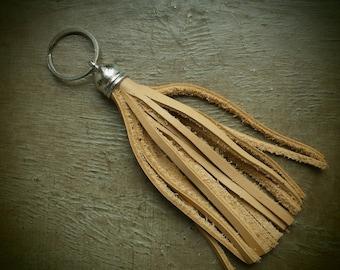 "Large key ring leather ""Pompom"""