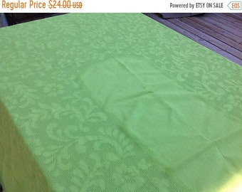 On Sale Vintage Bright Green Lime Green Oblong Tablecloth