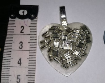 Resin necklace pendants