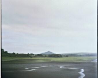 En Irlande, Liffey, vert, forêt, photographie, impression d'Art, Nature irlandaise, analogique, paysage, maison, chalet, bureau Decor, Wicklow, 30 x 30