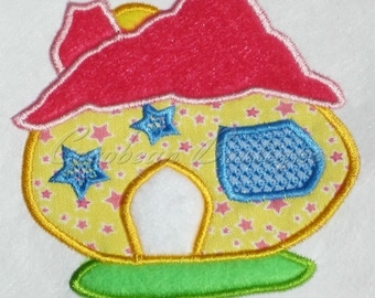 embroidery applique House 1