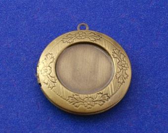 2 pcs- Antiqued Brass Etched Locket, 32mm Brass Locket, 2 Picture Locket, Antique Brass Photo Locket AS-B13239-8S